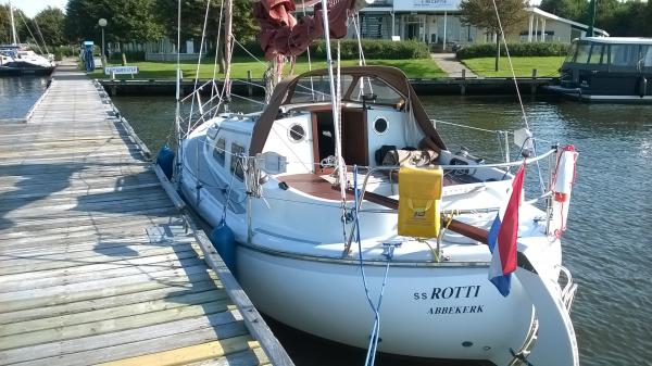 Midget26, Kajuitzeilboot